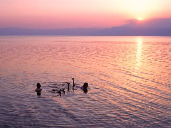 dead-sea-jordan_11374_600x450