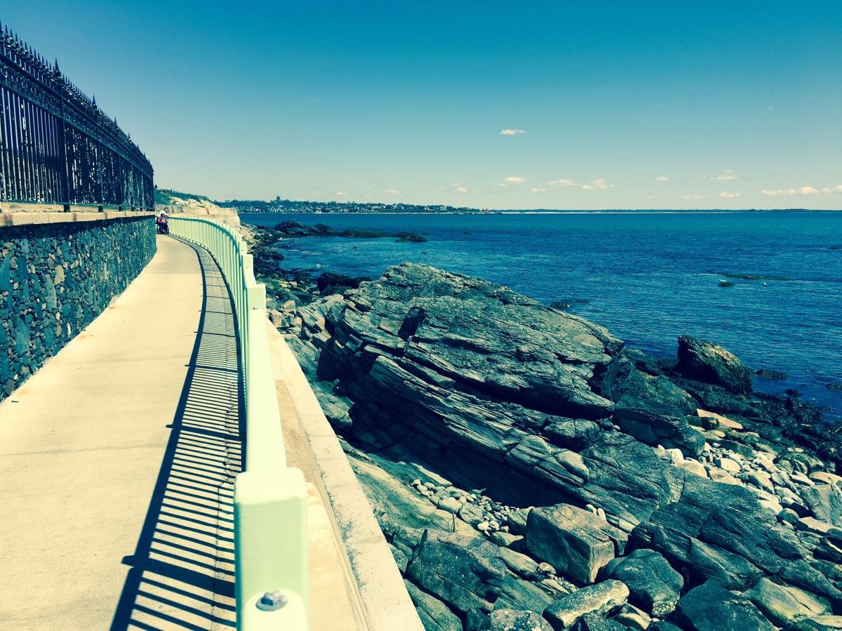 Hiking the Cliff Walk (Newport, Rhode Island)